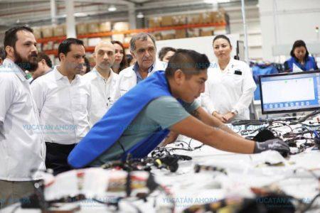 Más inversiones, más empleo en Yucatán: Mauricio Vila