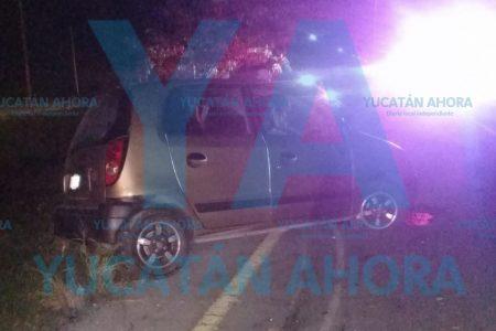 Joven se accidenta al fallar su auto