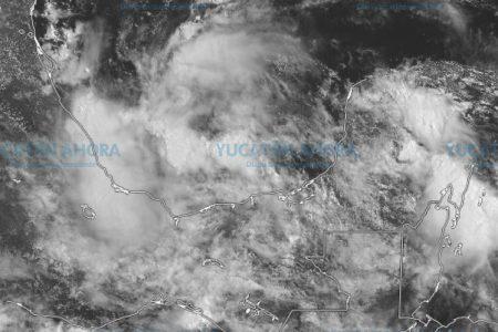 Monitorean baja presión al sur de la Bahía de Campeche