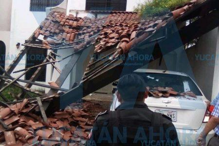 Derrumbe en una vivienda de la colonia México