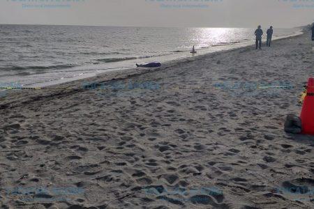 Fallece un turista en la playa de Telchac Puerto
