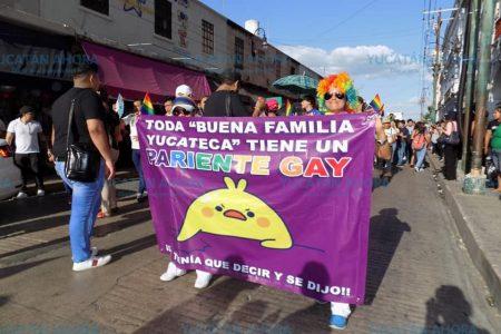 Orgullo gay: marchan cinco mil personas en Mérida