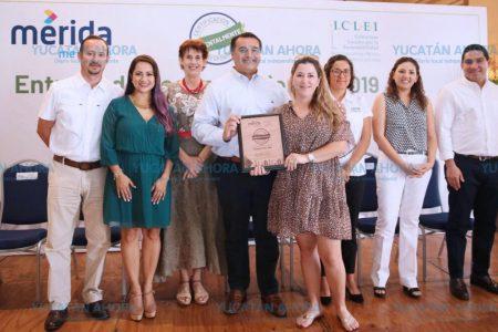 Entregan certificación ambiental a 26 restaurantes meridanos