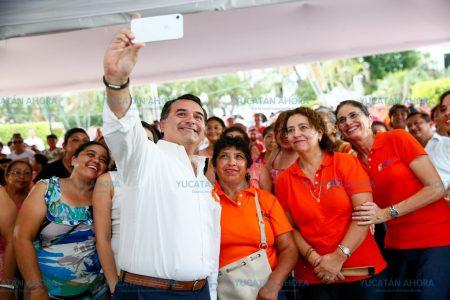 Renán Barrera pide información sobre el traslado del aeropuerto