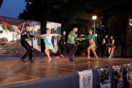 Se expresan a ritmo de salsa y cumbia en el remate de Montejo
