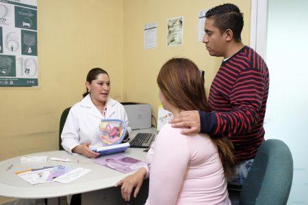 Ofrece el IMSS 14 métodos de planificación familiar