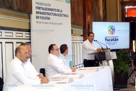 Mauricio Vila presenta proyecto para la nueva planta eléctrica