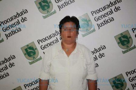 Sentencian a 40 años de prisión a madre que pervertía a sus hijos