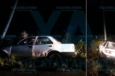 Abandona su vehículo en el monte tras accidentarse