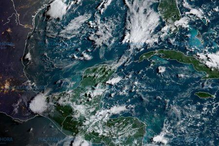 Pronostican 39 grados, bochorno y lluvia en Yucatán