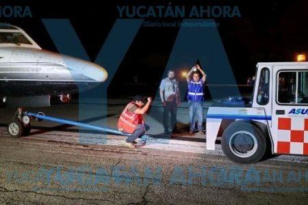 Jet se sale de la pista en el aeropuerto de Mérida