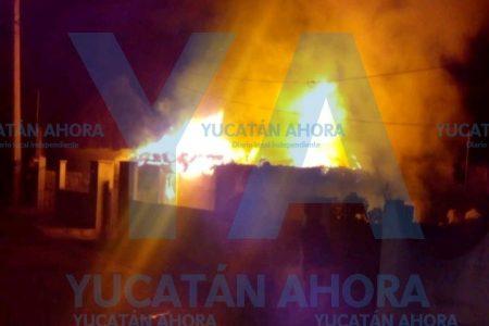 'Castigo patronal': le quema su casa 'volador' de la fiesta tradicional