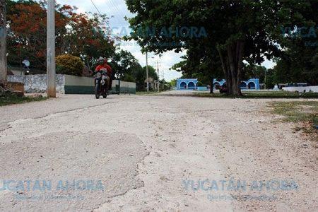 Acusan al alcalde Yaxcabá de tenerlos en el abandono