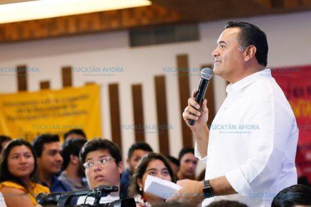 Encuentro de Renán Barrera con jóvenes