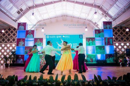 Jubilados demuestran su talento en Expo Adulto Mayor 2019
