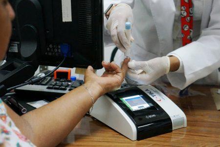 Turquía dona equipos de control de diabetes al hospital del IMSS Oxkutzcab