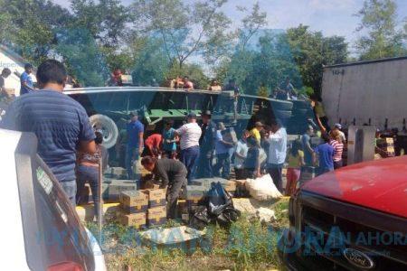 Volcadura y rapiña de cerveza en la Mérida-Campeche