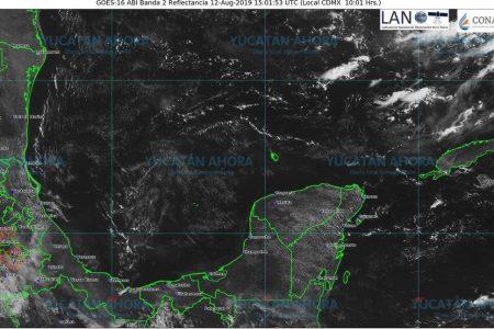 Onda tropical 28 llega con fuertes lluvias