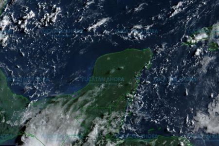 Canal de baja presión dejará lluvias fuertes este sábado