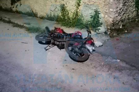Motociclista acaba con la pierna destrozada
