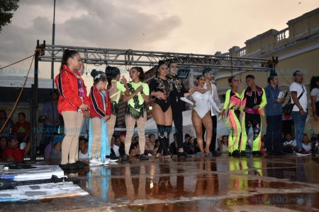 Citlali y Edwin, campeones del concurso de baile Expresión Sureste