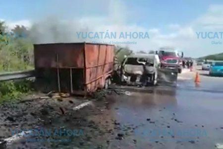 Causa choque y arde en llamas, en la Mérida-Chetumal