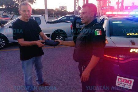 Oficial demuestra valor humano de los agentes de la SSP