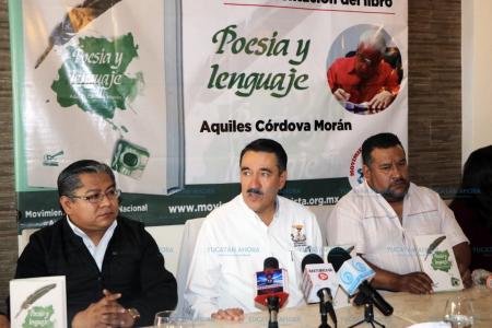Presentan libro 'Poesía y lenguaje' de Aquiles Córdova Morán