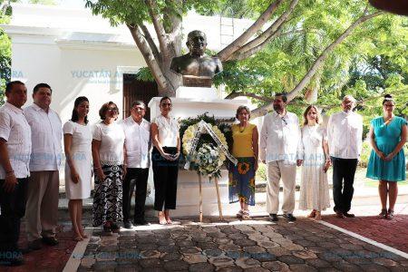 Recuerdan legado de Antonio Mediz Bolio en su 62 aniversario luctuoso