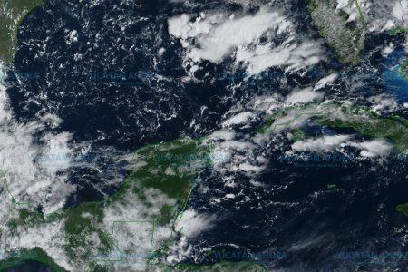 A ver si deja algo de lluvia en Mérida la onda tropical 38