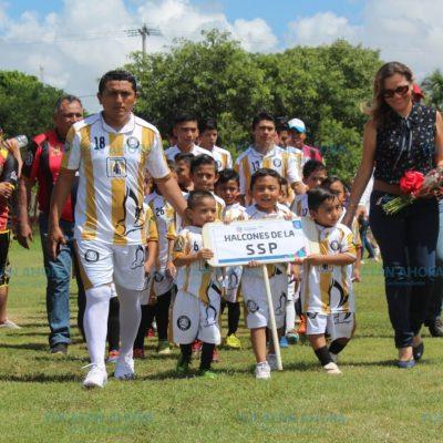 Con 36 equipos, inauguran Liga Intermedia de Futbol