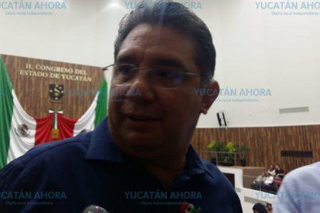 Cuevas Mena propone venta de alcohol 24/7 en Yucatán