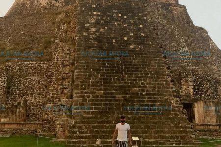 Ricky Martin visita fuera de horario Uxmal y motiva 'regaño' oficial