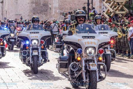 Comandante Luis Saidén encabeza contingente de la SSP en el desfile