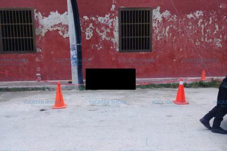 Aparece muerto en una calle de Sisal