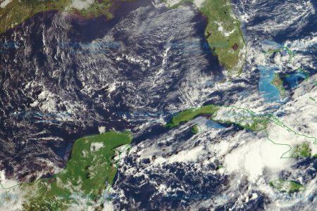 Vienen días de lluvia por una baja presión en el Caribe