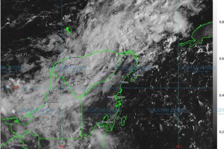 Siguen los nublados y lluvias en la Península de Yucatán
