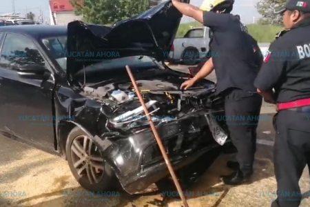 Carambola de cuatro vehículos en la Mérida-Progreso