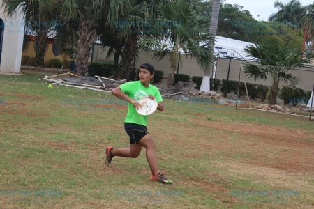 Arranca la liga de Ultimate Frisbee en Mérida