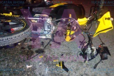 Trágico choque de jóvenes y menores de edad en motocicletas