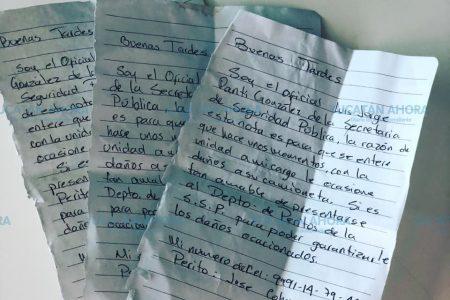 Policía le choca su camioneta y le deja cuatro notas… para pagarle