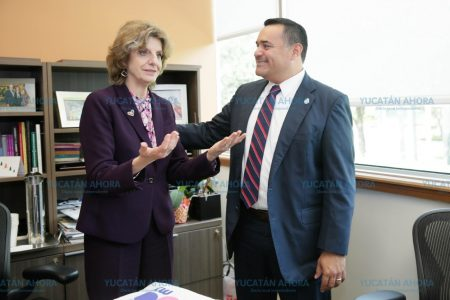 Renán Barrera estrecha vínculos entre Mérida y la Universidad de Miami
