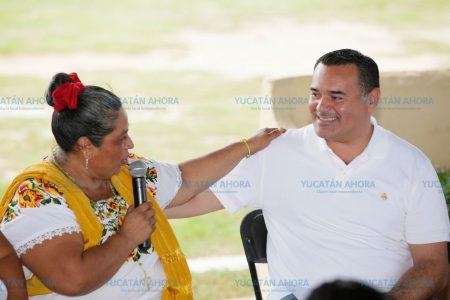 Las mujeres, la columna vertebral de Mérida: Renán Barrera