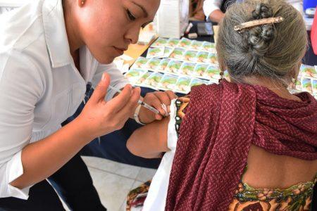 Todo estamos en riesgo de contraer influenza: médicos