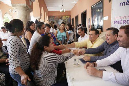 Jóvenes se interesan en los Miércoles Ciudadanos de Renán Barrera