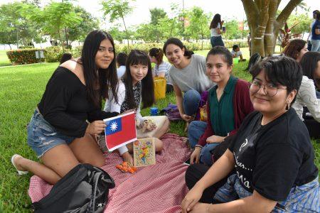 Universidades extranjeras abren sus puertas a los yucatecos