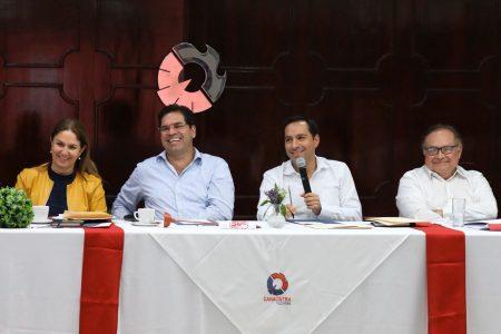 Mauricio Vila llama a cerrar filas ante retos financieros de 2020