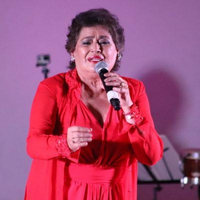 La cantante María Medina cierra el Otoño Cultural 2019 en Ticul