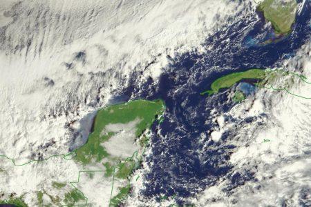 Frente frío 8 'pellizca' la Península de Yucatán. ¿Llegará?