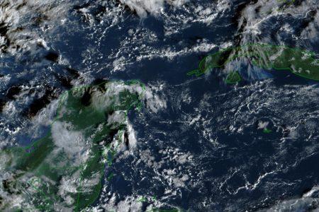 Onda tropical 50 dejará lluvias y calor en Yucatán